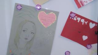 Valentine greetings in Spanish, French and German